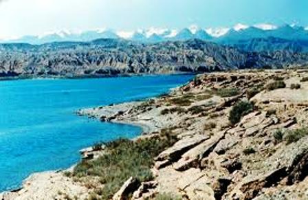 The scenery of Lake Turkana