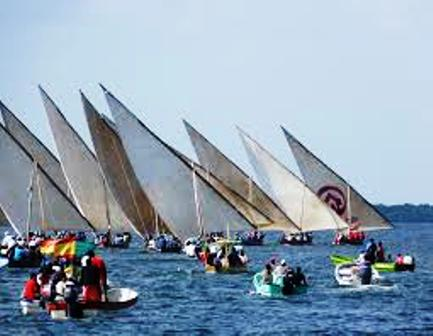 dhow racing at Lamu Cultural Festival