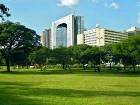Nairobi Central Park expansive lawns and well maintained gardens