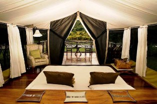 Serena Lodge in Masai Mara game reserve