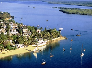 Two Days Kenya Tour to Magic Island of Lamu