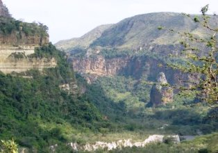 kenya-national-parks-hells-gate-national-park