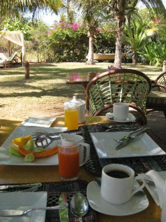 Break fast and Food at Lake Nakuru Lodge