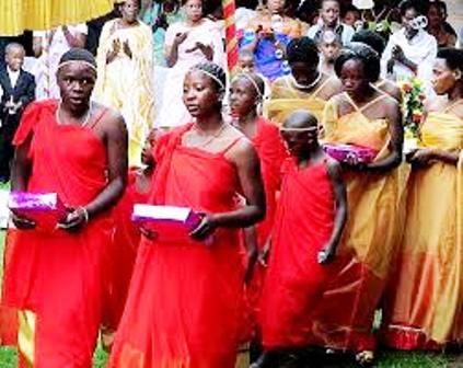 CLOTHING OF NYANKOLE PEOPLE IN OF UGANDA