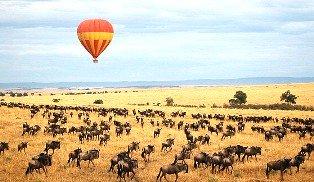 balloon over the masai mara
