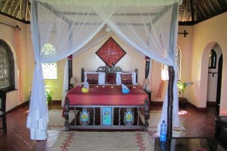 Dinner and overnight at Zanzibar Serena Inn.